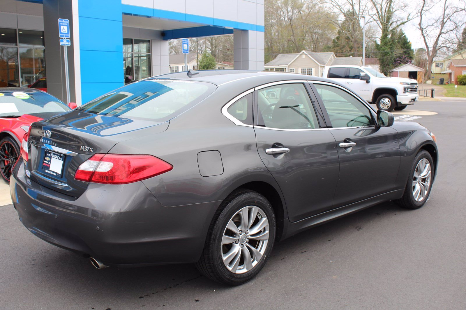 Pre-Owned 2013 INFINITI M37 4DR SDN X AWD